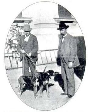 Sheriff Ballou of San Luis Obispo and Sheriff James Lyndon of Santa Clara use bloodhounds to search for James C. Dunham