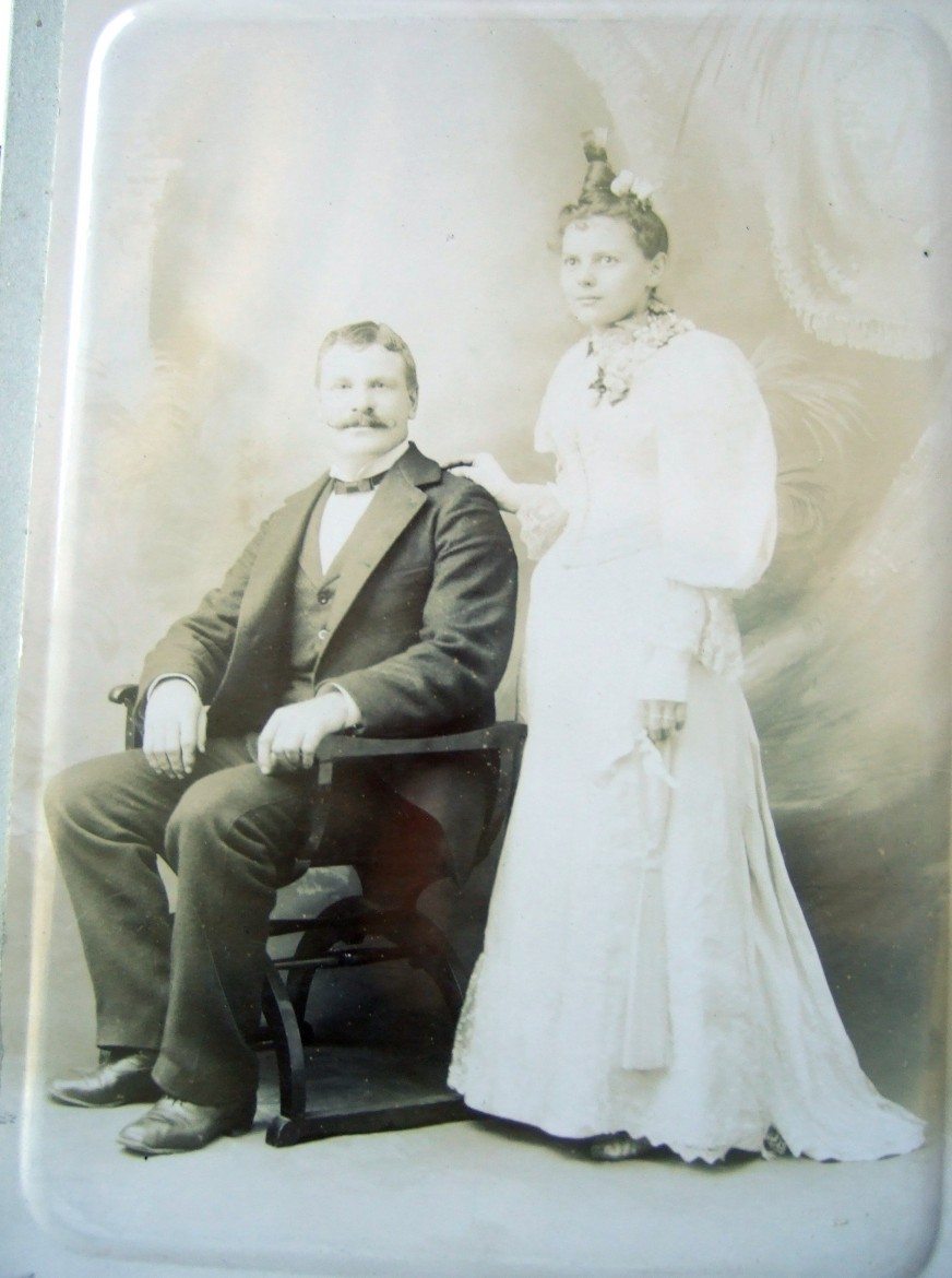 Frederick Brunk (1862-1943) and Barbara Stoltz (1870-1923) on their wedding day