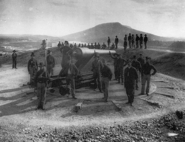 First Minnesota Regiment of Heavy Artillery outside Chattanooga