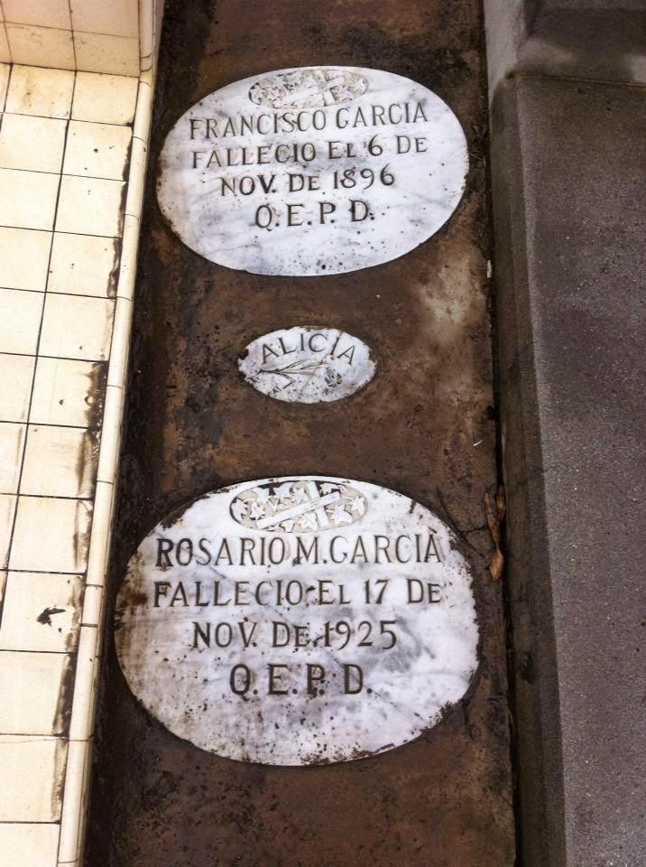 Grave of Francisco García and Rosario Moraila de García