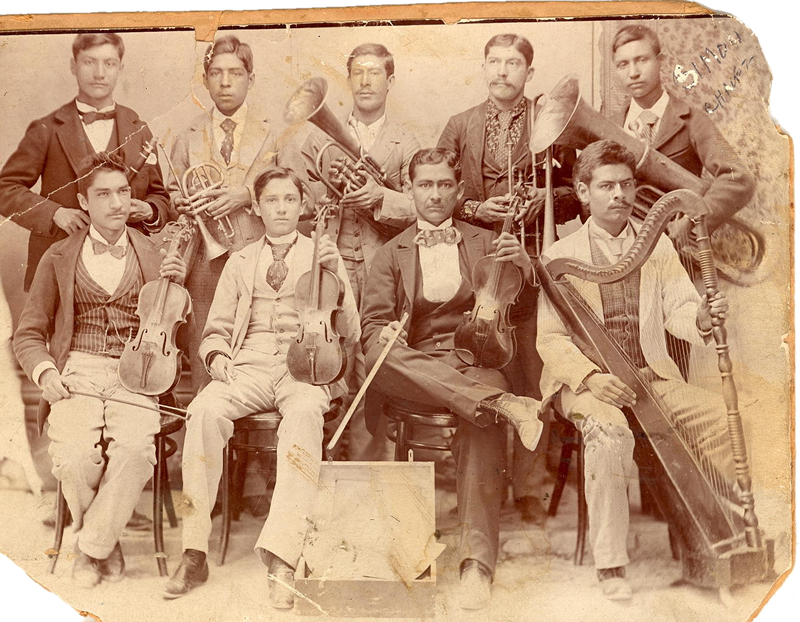 Simon Chavez (1880-1944), top row extreme right